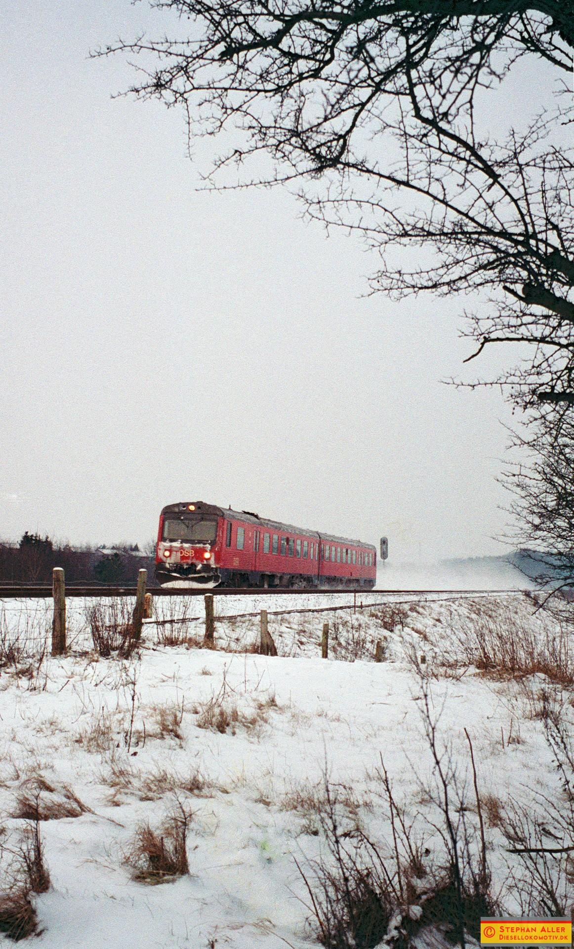 FN1057r.jpg