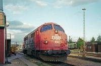 FN1593r.jpg