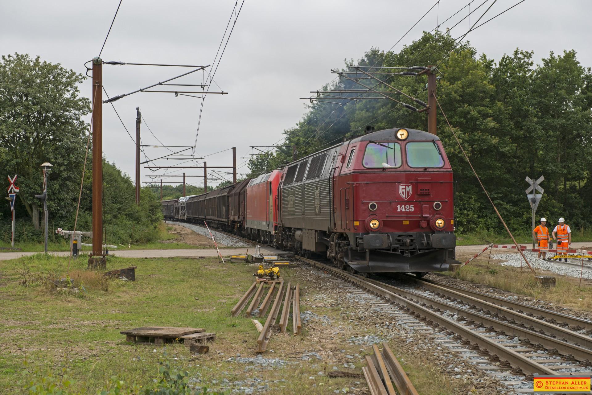 47011r.jpg