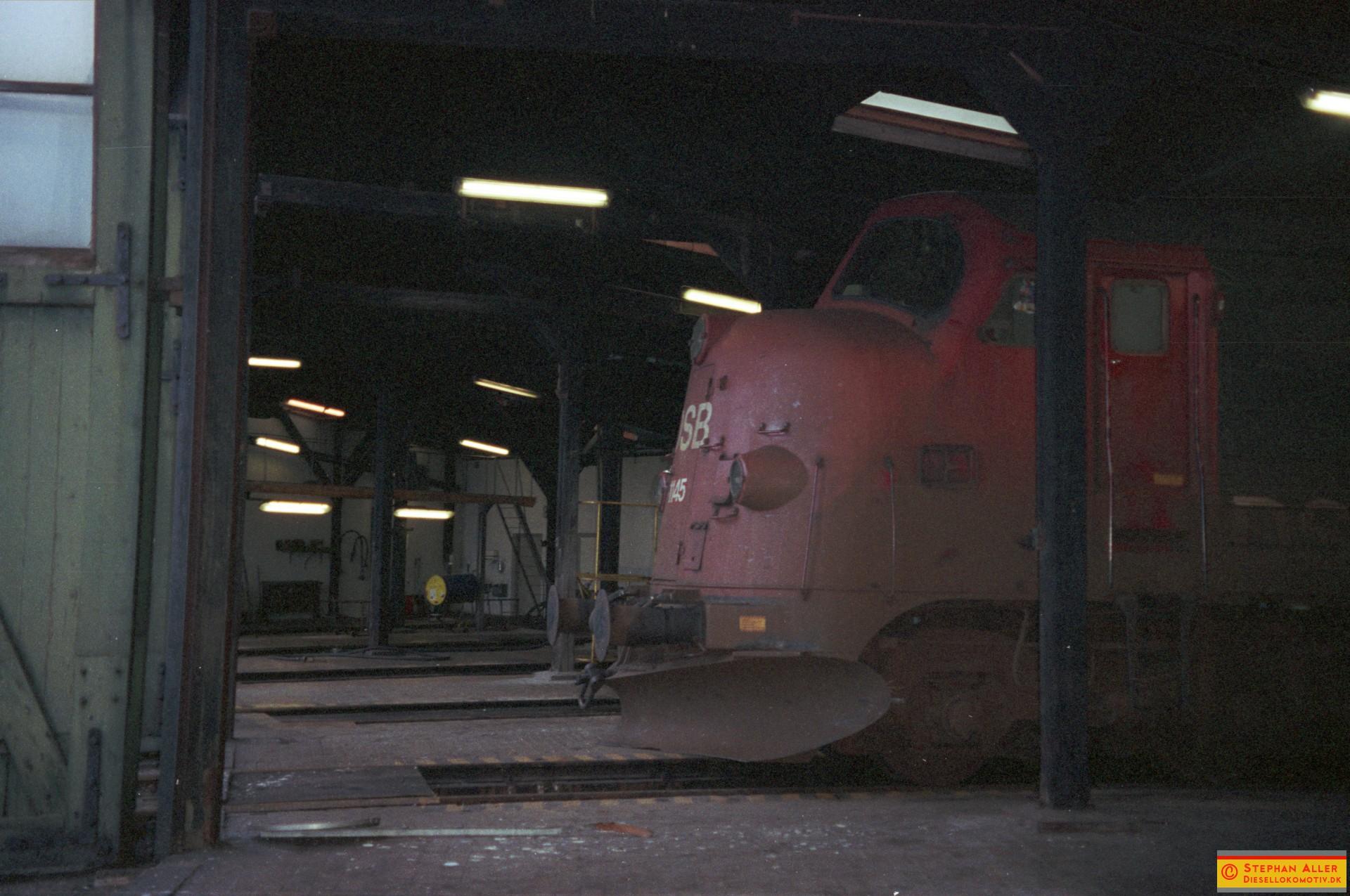 FN1449r.jpg